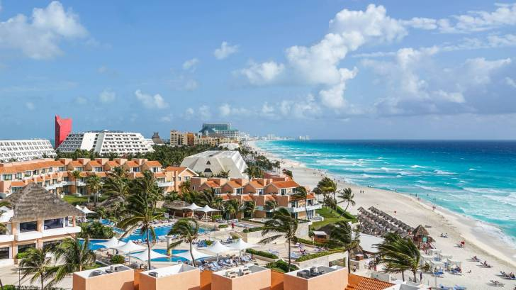 cancun resort beach